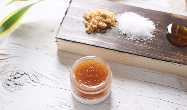 diy-homemade-natural-lip-scrub